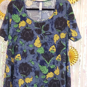 Lularoe Perfect T Shirt, Size S